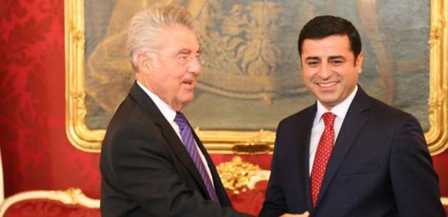 Demirtaş'a gizli davet: Sarayın ağır misafiri!