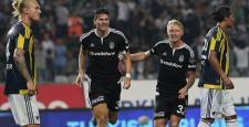 Beşiktaş'ın derbi galibiyeti hasreti bitti! 3-2