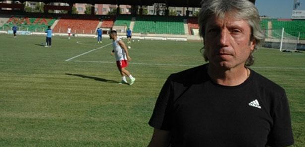 Diyarbekirspor teknik patronu Bülent Demirkanlı istifa etti