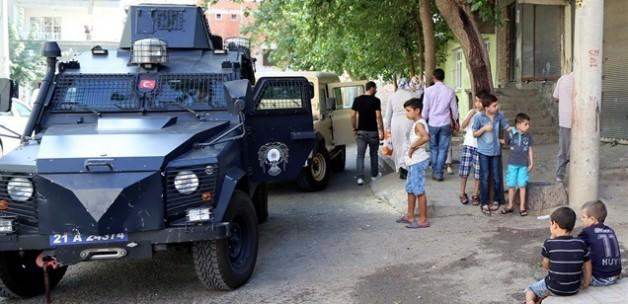 Sur'da HÜDA-Par'lı aileye saldırı girişimi