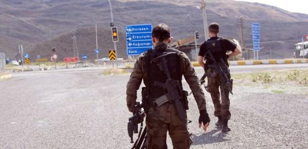 """Kars'ta """"geçici askeri güvenlik bölgesi"""" ilanı"""