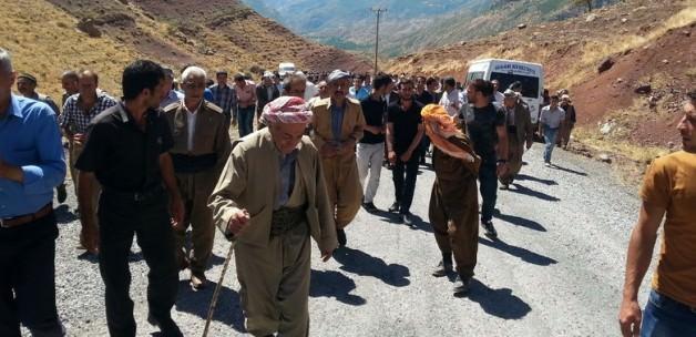 Şemdinli halkı teröre karşı yürüdü