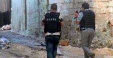 Diyarbakır Silvan'da polis merkezine bombalı saldırı