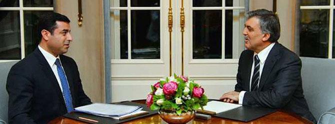 Abdullah Gül'den Demirtaş'a telefon