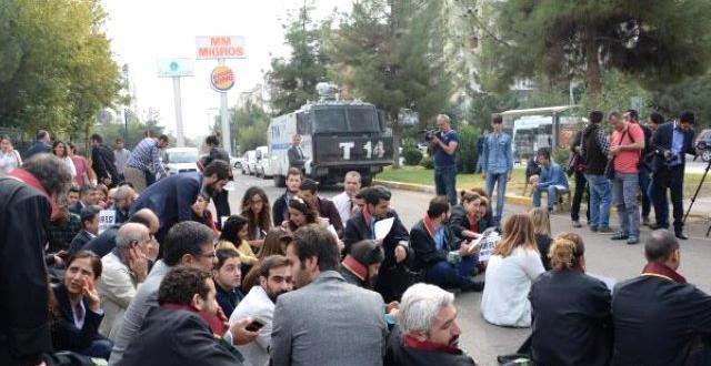 Diyarbakır Barosu Avukatlarından Elçi'ye Destek