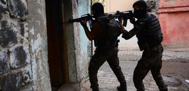 Diyarbakır'da PKK operasyonu: 8 tutuklama