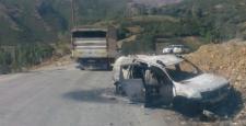 Hakkari'de vedaş'a ait araçlar yakıldı