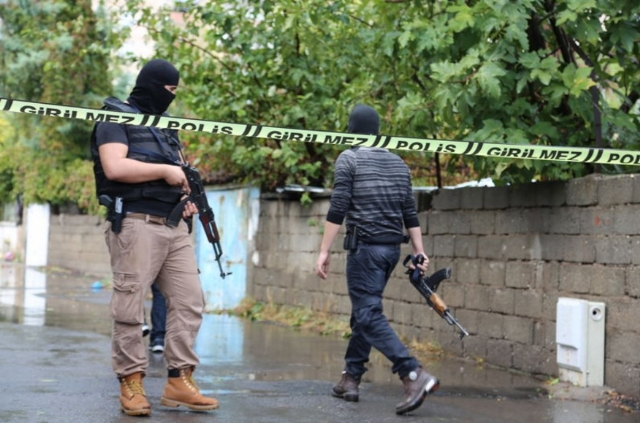 iste-diyarbakir-da-oldurulen-5-isid-li-terorist-7821208_8784_m