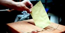 Türk seçmenler kavga etti: 9 yaralı