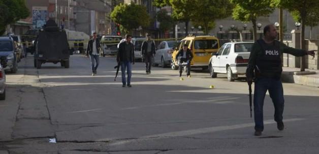 Van'daki çatışmada 1 polis şehit oldu
