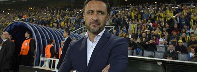 Maç sonu Vitor Pereira toplantıyı terk etti!