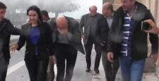 'Polisler Yüksekdağ'ın olduğu heyeti taradı' iddiası