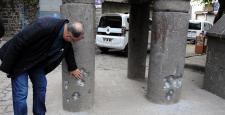 Sur İlçesinde Dört ayaklı minare mermilerin hedefi oldu