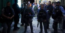 İsrail, Mescid-i Aksa'ya girişlerini yasakladı