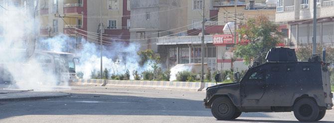 PKK'nın roketatar mermisi hastaneyi vurdu!