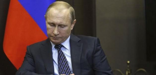Putin yaptırım emrini imzaladı