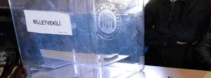 Siverek'te 142 seçmenli mahalle sandığa gitmedi