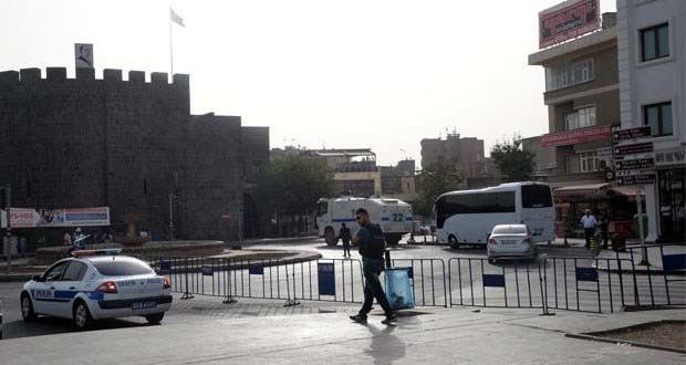 100 aydın Diyarbakır'dan çağrı yapacak