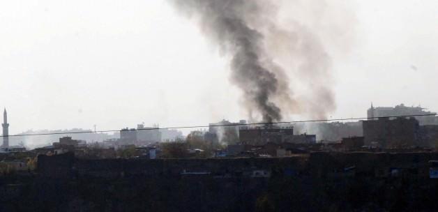 Çatışmaların sürdüğü Sur ilçesinden dumanlar yükseliyor!