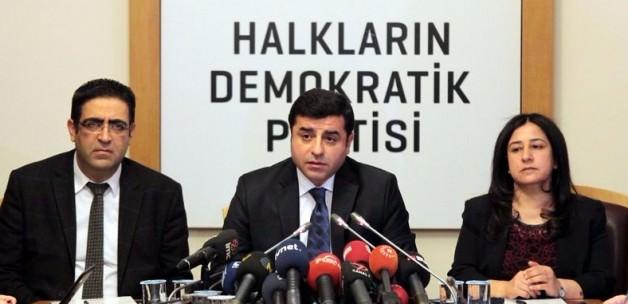 Demirtaş'tan hendek kazan Ydg-h'e destek