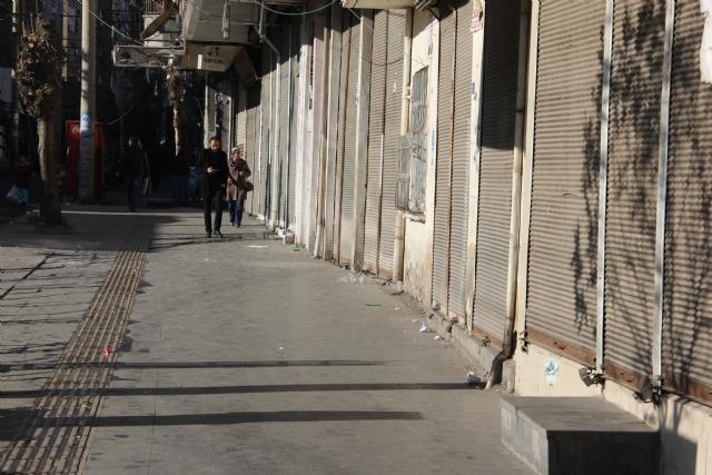 diyarbakir-da-hayat-durma-noktasina-geldi-7990902_8379_m
