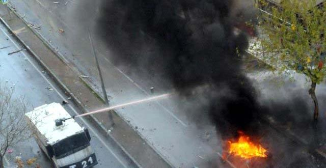 Diyarbakır'da Olaylar Çıktı, 2 Kişi Hayatını Kaybetti
