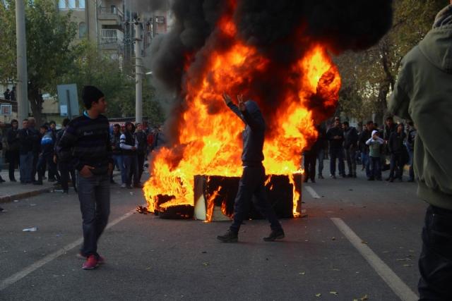 diyarbakir-da-olaylar-cikti-3-7957811_5344_m (1)