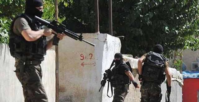 Sur'da yoğun silah ve patlama sesleri