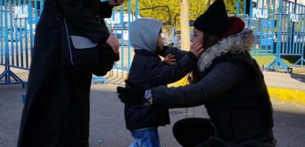 Diyarbakırlı çocuğun polis sevgisi