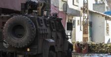 Sur'da Çatışmalar Sürüyor, 1 Polis Yaralandı