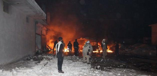 Rus uçakları Azez'de sivilleri vuruyor