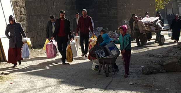 Göç edenlere kira yardımı yapıldı
