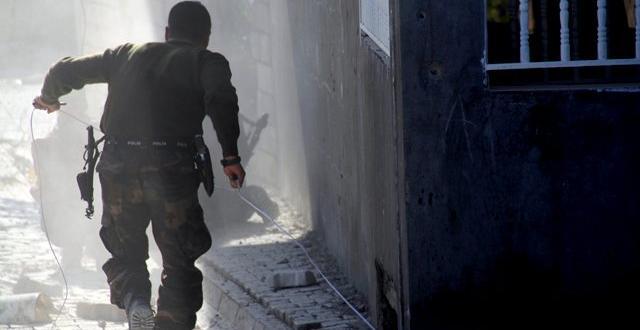 Sur'da 1 Asker şehit oldu, 8 asker yaralandı