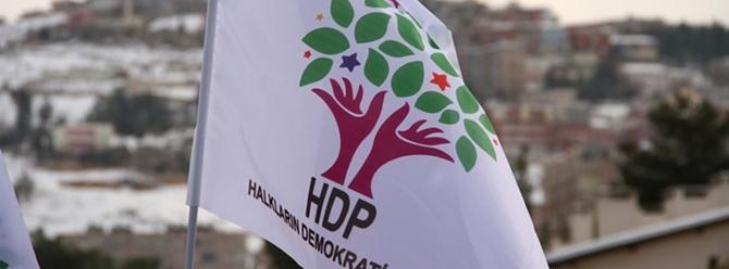HDP: Milletvekillerimiz acil görüşme talebiyle İçişleri Bakanlığı'na gitti