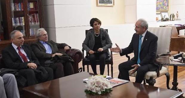 Kılıçdaroğlu, Diyarbakır'dan gelen 'Barış Grubu' ile görüştü