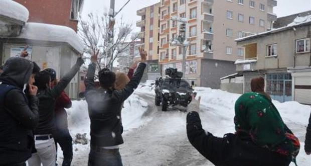 Şırnak'taki protesto yürüyüşünde iki kişi vurularak hayatını