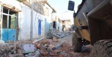 Sur'da patlayan bomba'da tedavi altına alınan 1 asker şehit oldu