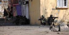 Sur'da polise bombalı saldırı: 1 Şehit, 2 yaralı