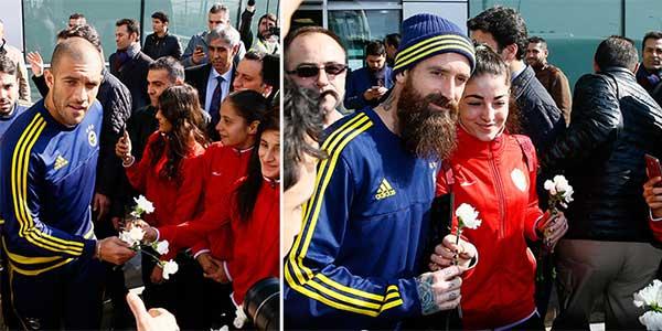 Diyarbakır, Fenerbahçe'yi çiçeklerle karşıladı