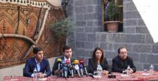 Demitaş, Diyarbakır'da oturma eylemi başlattı