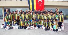 Fenerbahçe, Sur'dan gelen 45 Çocuğu konuk etti