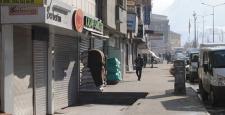 Hakkari'de 'hayatı durdurma' eylemi