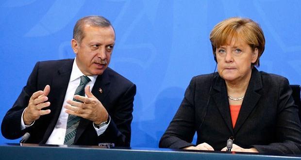 Merkel'den, Türkiye ziyareti öncesi Schengen açıklaması