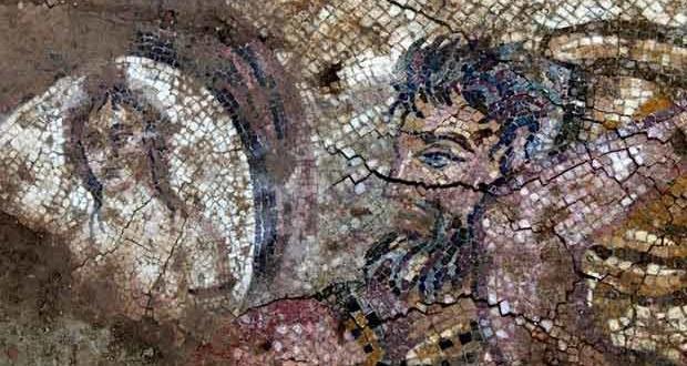 Sur'da Tarihi 5 bin yıllık mozaik ele geçirildi