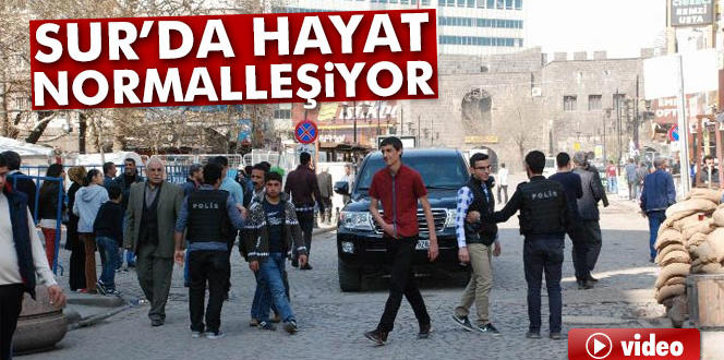 Sur'da asker çekildi, polis arama tarama yapıyor