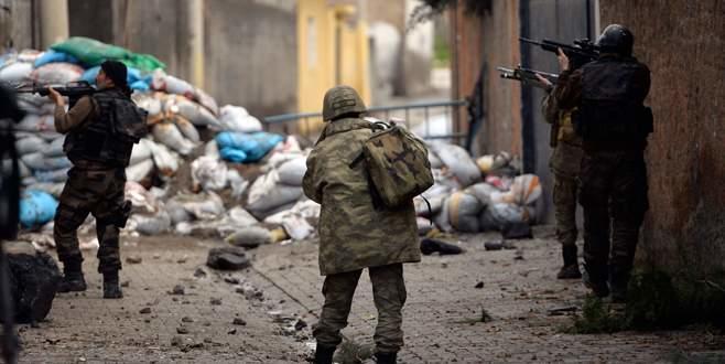 Operasyonların bittiği Sur'da, kısa süreli çatışma yaşandı