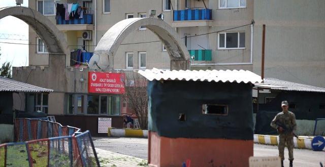 Diyarbakır'da firari mahkumlarla ilgili 11 Kişi Gözaltına Alındı