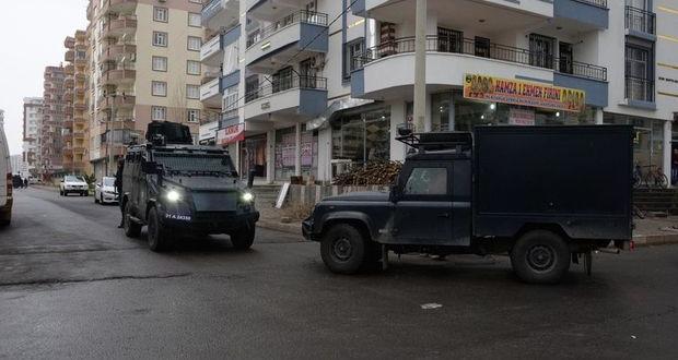 Diyarbakır'da: Hücre evi operasyonu, 1 ölü 1 yaralı