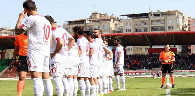 Diyarbekirspor'da şampiyonluk umutları bitti. 1-3