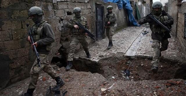 """Mardin'in 5 ilçesi """"Askeri güvenlik bölgesi"""" oldu!"""